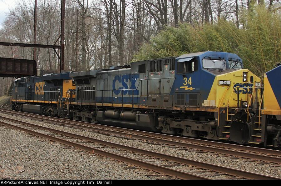 CSX 34 on Q438
